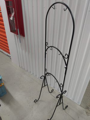 GARDEN PLANT STAND for Sale in Fullerton, CA