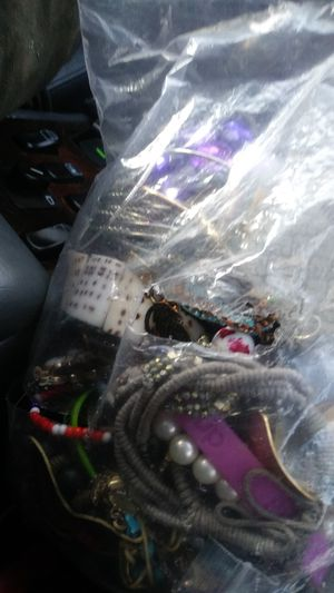 Bag of jewelry for Sale in Arlington, WA