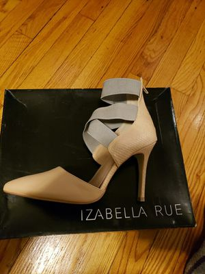 Nude and Grey size 8 1/2 heels for Sale in Chicago, IL