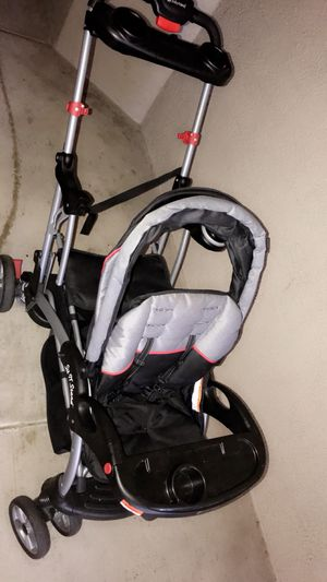 DOUBLE STROLLER SIT N' STAND for Sale in Orlando, FL
