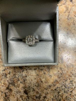 Neil Lane Diamond Ring 1-3/8 ct 14k White Gold for Sale in Little Rock, AR