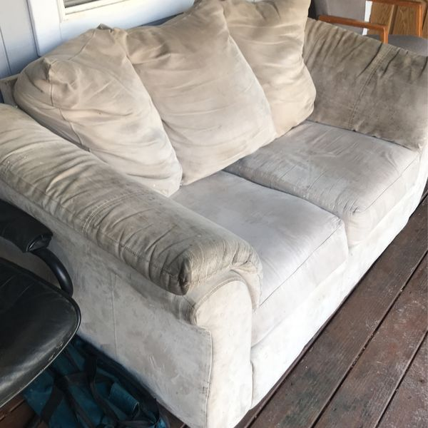Tan 2-3 Seater Couch Suede