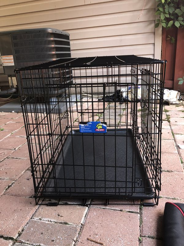 Small dog crate, crate pad and water bowl mat