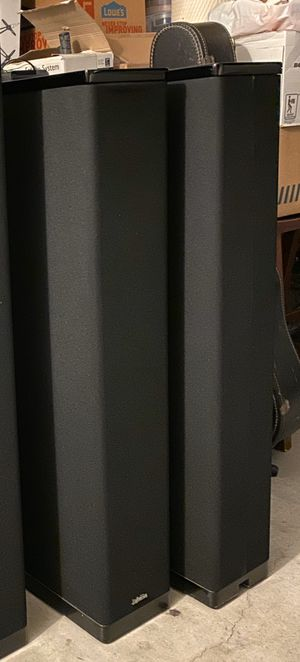 Definitive Technology BP-8 Tower Speakers for Sale in Chula Vista, CA