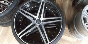 "22"" rims black/silver BRAND NEW TIRES 235/30/22 for Sale in Brooklyn Park, MD"