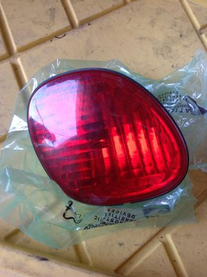 Toyota Lexus GS300 GS400 Left trunk tail lens 98 99 2000 01 02 03 04 05 for Sale in Los Angeles, CA