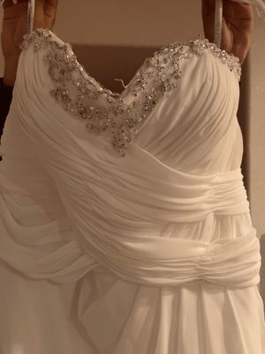 Atzeca bridal dress for Sale in Phoenix, AZ