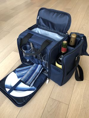 Picnic Time Toluca Picnic Tote For Two for Sale in Queens, NY