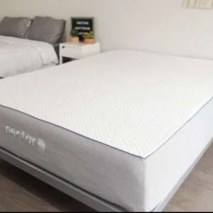 Like Me Queen Nectar Mattress !!! Free Delivery for Sale in Brooklyn, NY