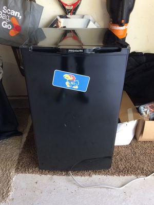 Mini Fridge for Sale in Wichita, KS