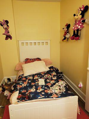 Twin bed frame & Headborad for Sale in Tamaqua, PA