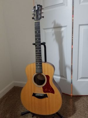 Taylor GS Mini Acoustic Guitar for Sale in Sleepy Hollow, IL