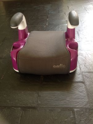 Evenflo booster seat for a girl for Sale in Washington, DC