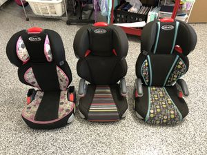Booster car seat Graco missing latch for Sale in Garden Grove, CA