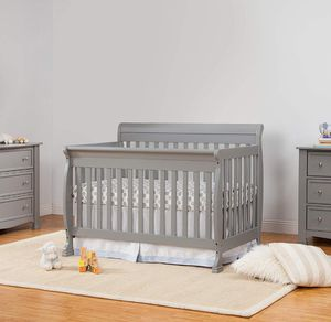 Crib **Brand New** for Sale in Bedford Heights, OH