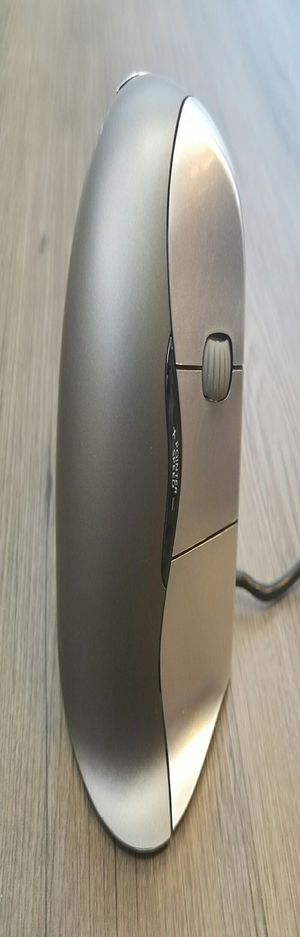 Ergonomic Vertical Mouse 4 Right Hand Mouse with Wired USB Connection (Evoluent VM4R) for Sale in Denver, CO