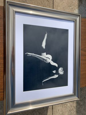 Framed marilyn monroe print for Sale in Queens, NY