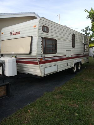 1987 Terry camping trailer sleeps 8 5 brand new tires new propane bottles AC works great hate to let it go have to clean up for Sale in Oakland Park, FL