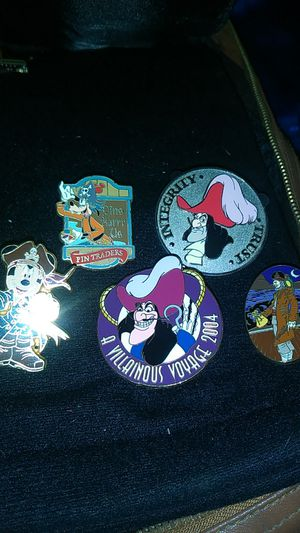 Disney pirates of the Caribbean pins some LE500, cast exclusives for Sale in Fresno, CA