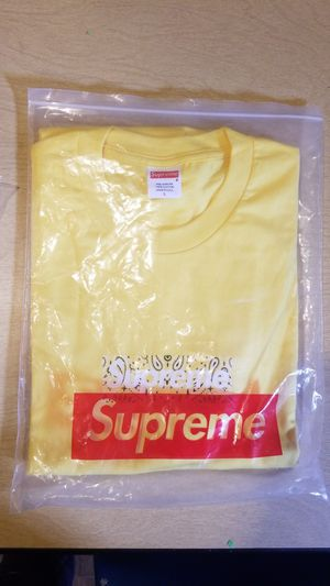 Supreme Bandana Bogo Tee for Sale in Auburn, WA
