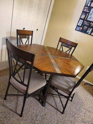 Kitchen Table, Best offer for Sale in Kissimmee, FL