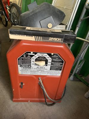Lincoln AC-225 Arc Welder w/ Mask and Rod for Sale in Scottsdale, AZ