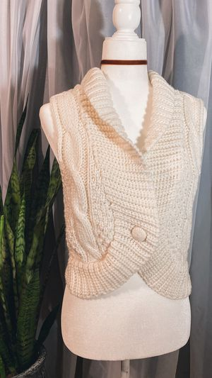 Cream Knit Vest for Sale in Henderson, NV
