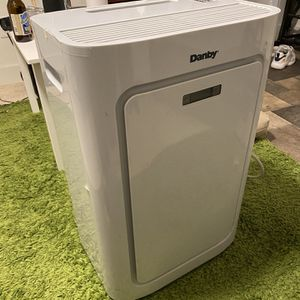 Danby Air Conditioner for Sale in Lake Forest Park, WA
