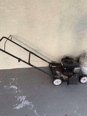 Lawn mower for Sale in Lutz, FL