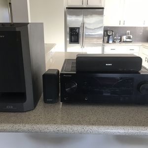 Pioneer Receiver and Sony Surround Sound System for Sale in San Diego, CA