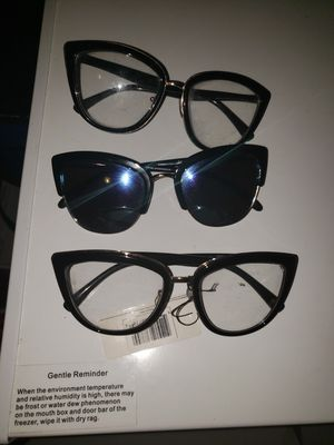 Women sunglasses for Sale in Beaumont, TX