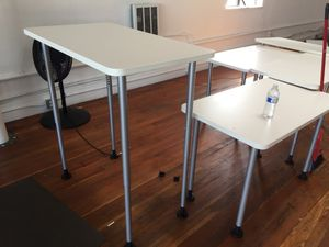 "Small Steelcase desks 42""/24""/36"" dimensions 👍 for Sale in San Jose, CA"