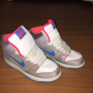Nike Sneakers Size 6 for Sale in North Bethesda, MD