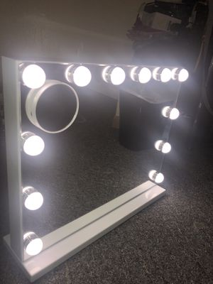 Fenechilin Hollywood make up mirror for Sale in Grand Rapids, MI