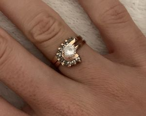 10 k gold wedding ring size 5.5 for Sale in Miami, FL