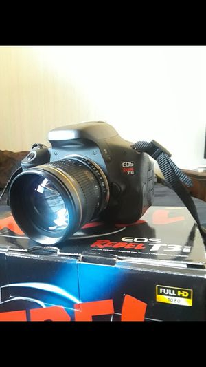 Canon T3i with lenses for Sale in Wood Dale, IL