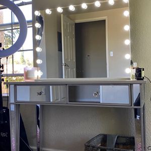 XL VANITY MIRROR 18 BULBS ❤️ 3 MODES ❤️ DIMMER INCLUDED for Sale in Long Beach, CA