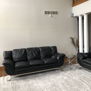 Sofa and Loveseat Great Condition 100% Leather for Sale in Blacklick, OH