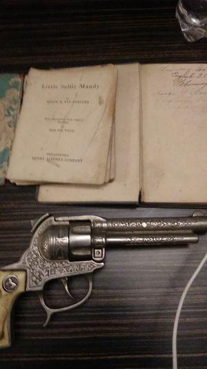 Antique Gun & Books for Sale in Columbus, OH