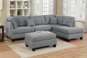 3 pc sectional sofa for Sale in Fresno, CA
