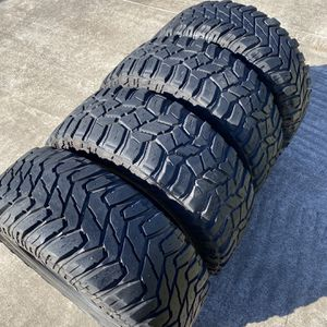35x12.5r20 Cooper Tires for Sale in Houston, TX
