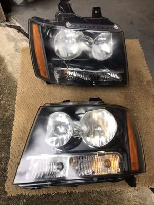 Chevy Suburban LT headlights - fits 2006 - 2010 for Sale in Roseland, NJ