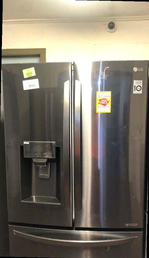 Lg Refrigerator S0 for Sale in Webster, TX