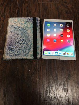 "10.5"" iPad Pro ( WiFi+ Cellular) 64GB Broken Screen for Sale in Frisco, TX"