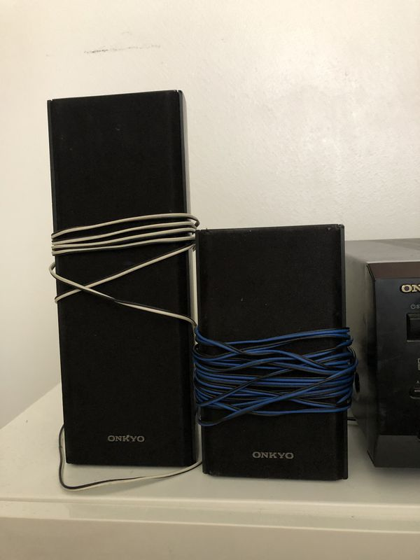 Onkyo HT-SR600 5.1-Channel Home Theater System