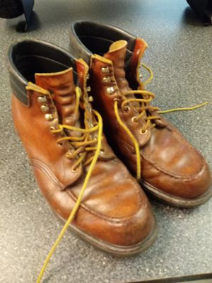 REDWING WORK BOOTS SOFT TOE SIZE 11 SMOOTH SOLES 45 BUCKS for Sale in Greensboro, NC