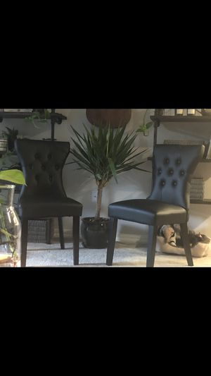 99$ for both accent chairs for Sale in Bellevue, WA