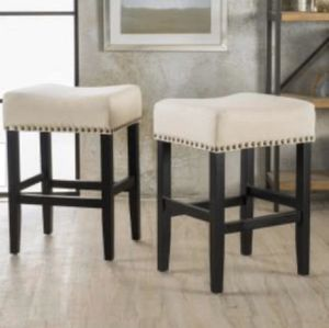 26.25 in. Beige Cushioned Counter stool (Set of 2) for Sale in Riverside, CA