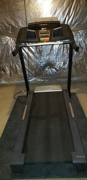 Treadmill, NordicTrack, T5.3, FlexResponse for Sale in White Plains, MD