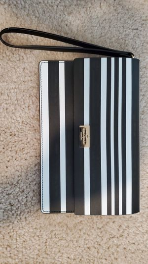 Kate Spade wristlet (Brand new) for Sale in Riverview, FL